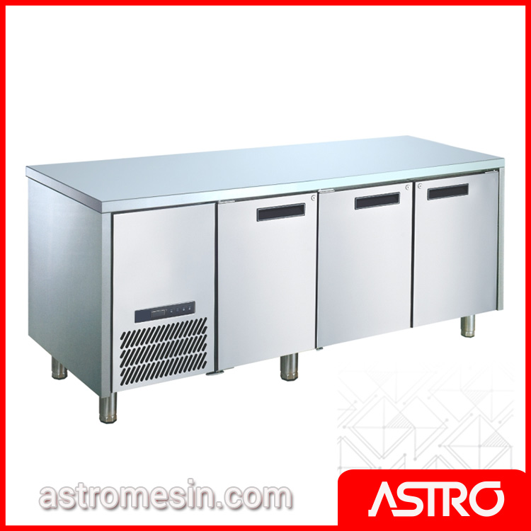 Under Counter Chiller GEA M-RW6T3HHH Surabaya