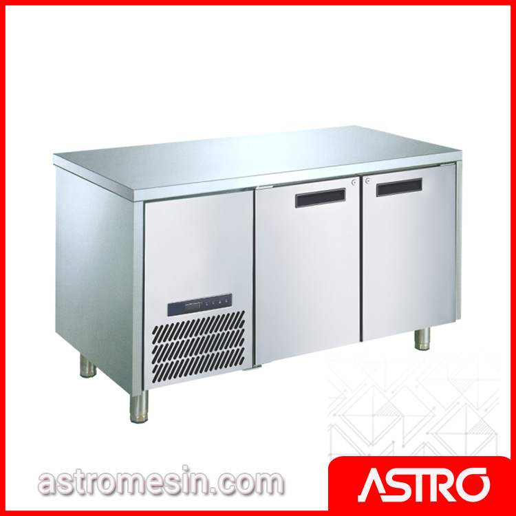 Under Counter Freezer GEA L-RW6T2HH Surabaya